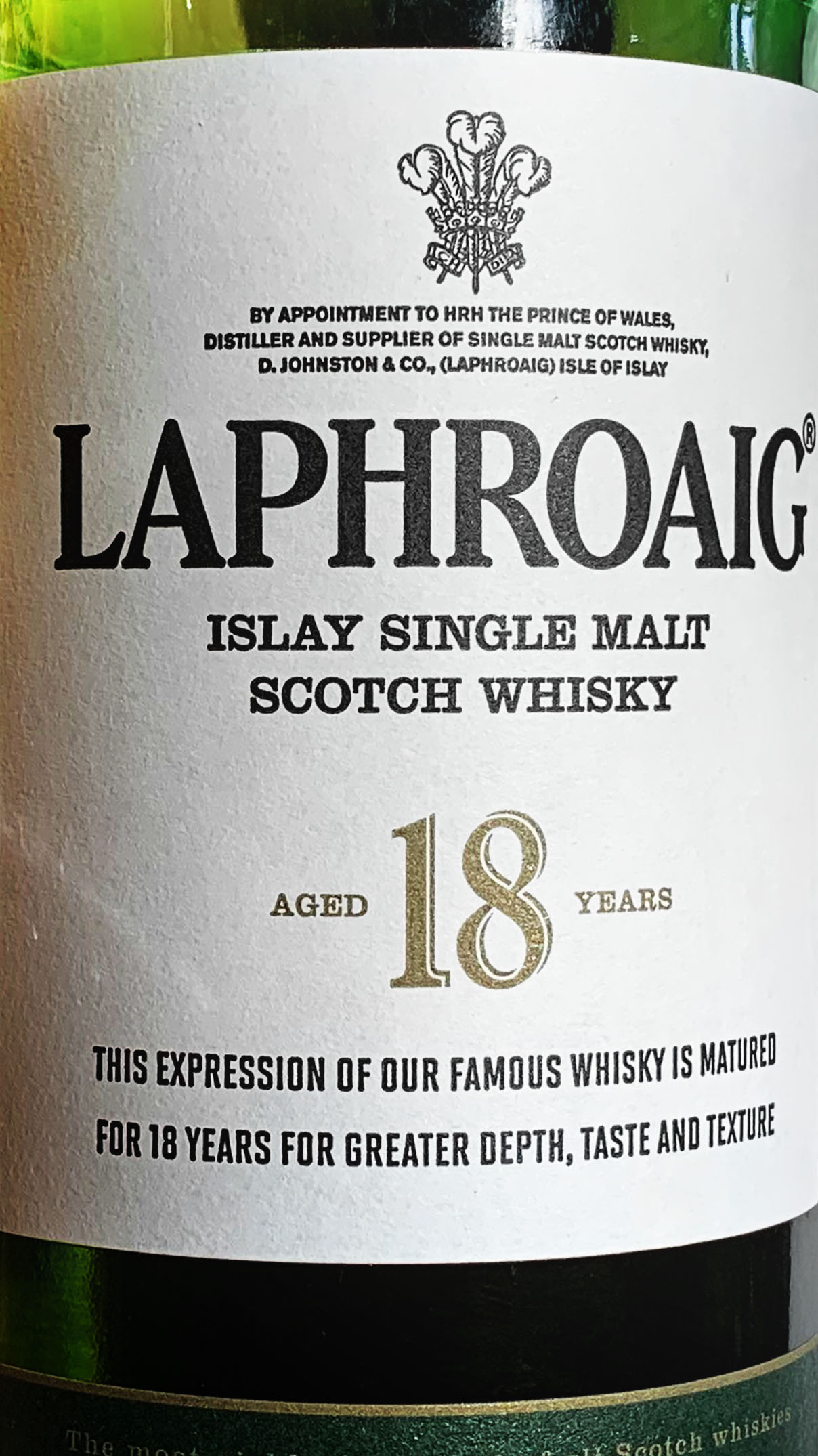 Laphroaig 18 Islay Single Malt Scotch Whisky Review